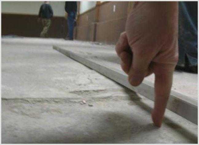 Укладка плитки на неровный пол: способы и методы —